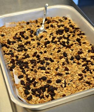 dried fruit like raisins to cooked granola
